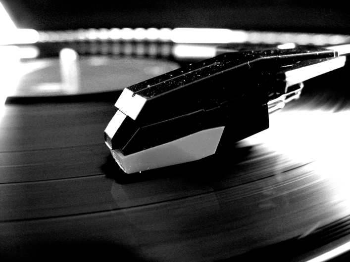 bnw_record_player_for_prints_by_softspokenmc