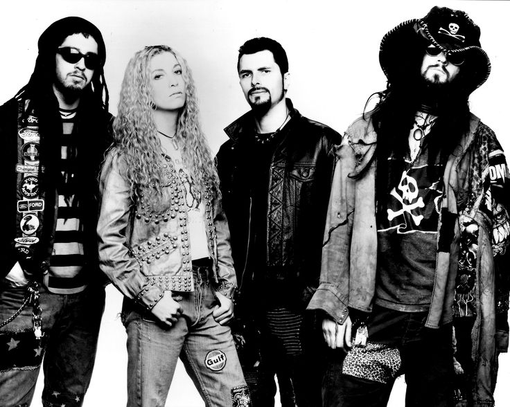 e5d3589403b21bf8696da07d0a04ab0b--white-zombie-band-heavy-metal-rock.jpg